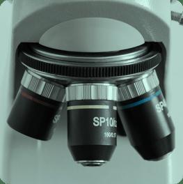 Microscope with three lenses