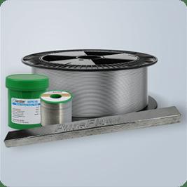 Solder paste, solder wire, and green solder paste